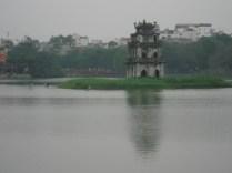 Thap Rua (Torre da Tartaruga) no Lago Hoan Kiem. Esse lago é o ponto alto da cidade