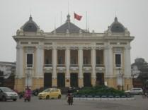 Outra herança francesa: Opera House é a mais bonita de toda Indochina.