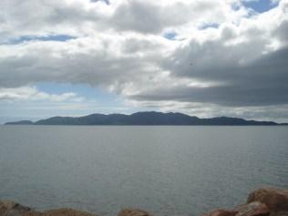 Magnetic Island vista da praia de Townsville