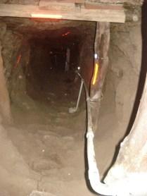 Para ver como eram as condições de trabalho daquela época. A mina era de galena que é um mineral do qual se extrai prata e chumbo