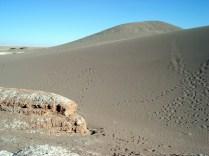 E mais areia