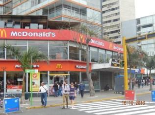 Praça Kennedy, Miraflores - Lima