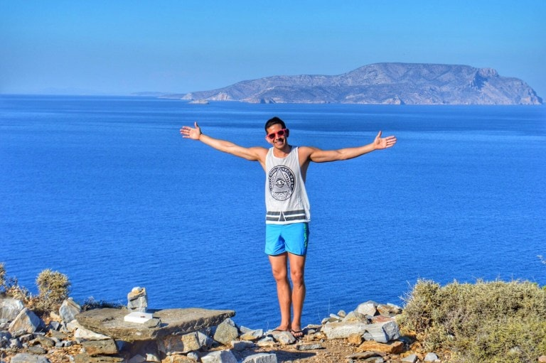 10 Useful Tips for Gay Solo Travelers