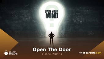 "Bears' Escape ""Open The Door"" in Vienna"
