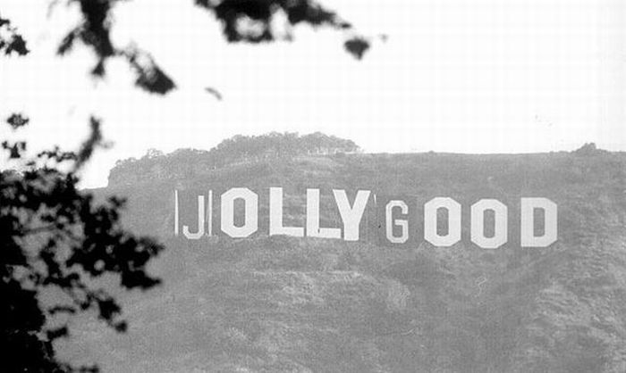 fun_with_hollywood_sign_05