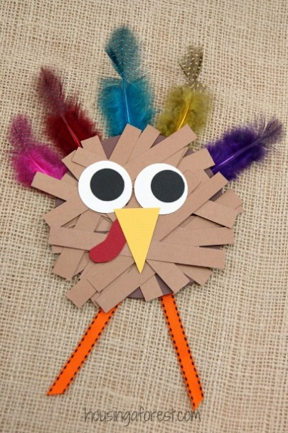 thanksgiving-crafts-for-kids-paper-strip-turkey-5