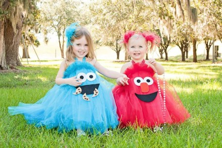 have a little fun this halloween with your twins by coordinating your costume to theirs isobel of bel beau inspired this creative costume for a roundup