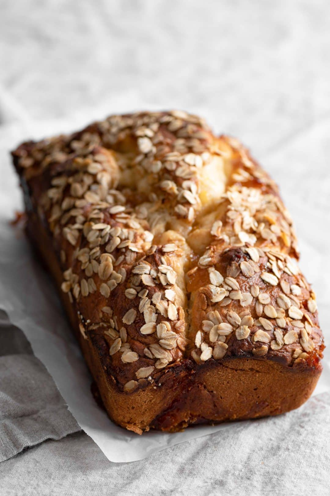 Peach Brioche Bread Loaf with Oats