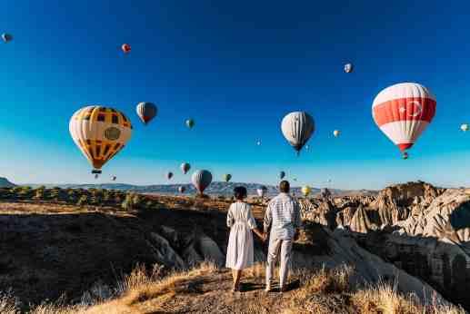 50 Romantic Instagram Travel Couples to Inspire Your Adventures