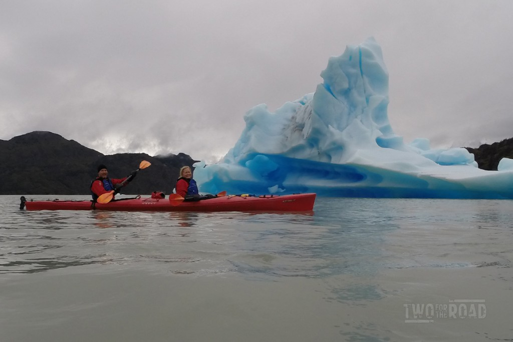 Getting Up Close with the Icebergs on Grey Lake