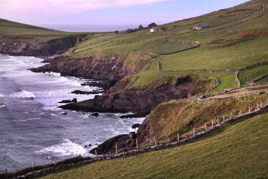 Then we drove down the west coast of Ireland, along a route they call the Wild Atlantic Way. And it's a postcard at every turn. So beautifiul!