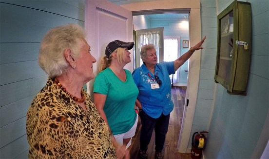 Taking a private tour of the homeplace with these lovely ladies. Thank you Eleanor and Faye for the great tour and the sweet sweet stories!