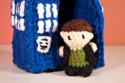 Nine and the TARDIS