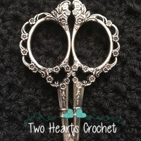 Warm Crochet Scissors Review and Giveaway