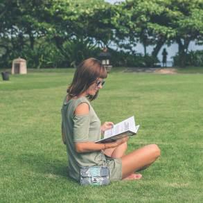 Książki do śmiechu, czyli takie które czytając można się pośmiać.