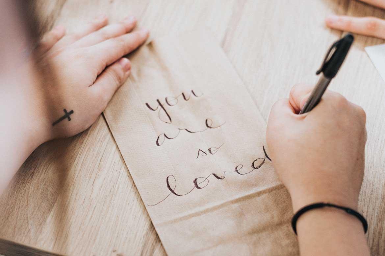 Kaligrafia wymaga precyzji i cierpliwości
