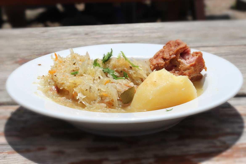 Kwaśnica lub inaczej kapuśniak - najbardziej znane danie regionalne z Podhala