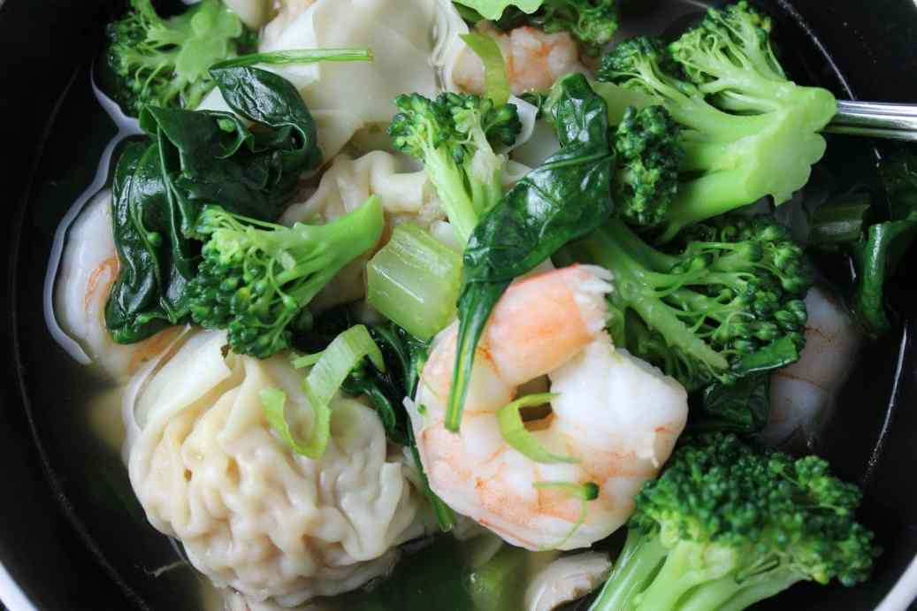 Asian Vegetable Wonton Soup