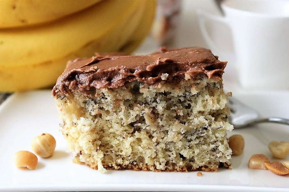 Best Banana Cake with Chocolate Icing