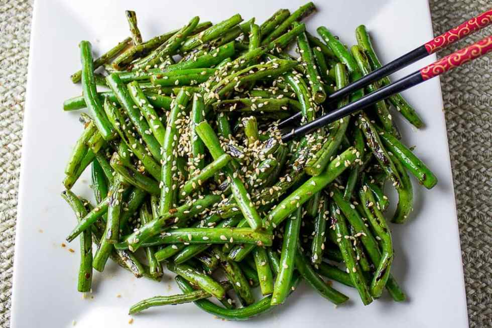 Chinese Stir-Fry Green Beans. Quick, easy, spicy and super flavourful.