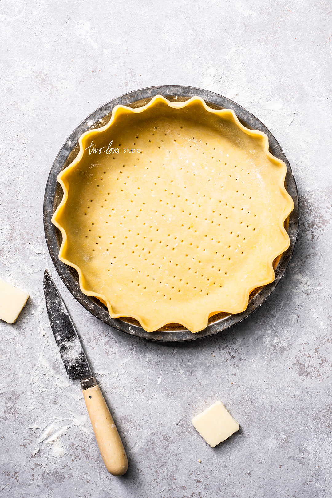 Create photo-worthy pie crust with this easy & beautiful pastry recipe. Get ready to shoot beautiful pies!
