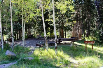 Photo: Oowah Lake Campground Day Use Area