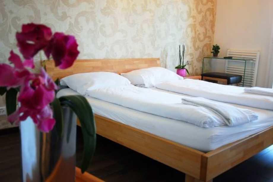 Ultimate List of Best Backpacker Hostels Hotel Himmelrich_Zurich_Switzerland
