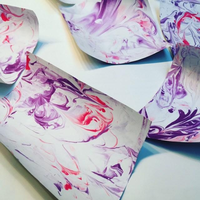 marmer-4 Valentijnsknutselen: Papier marmeren