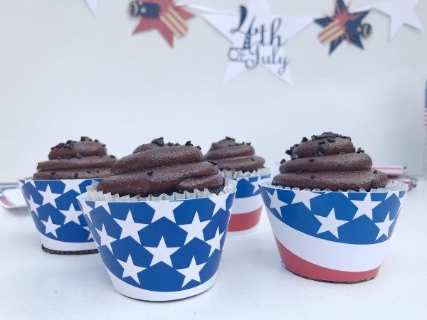 Stars and Stripes Cupcake Wrappers