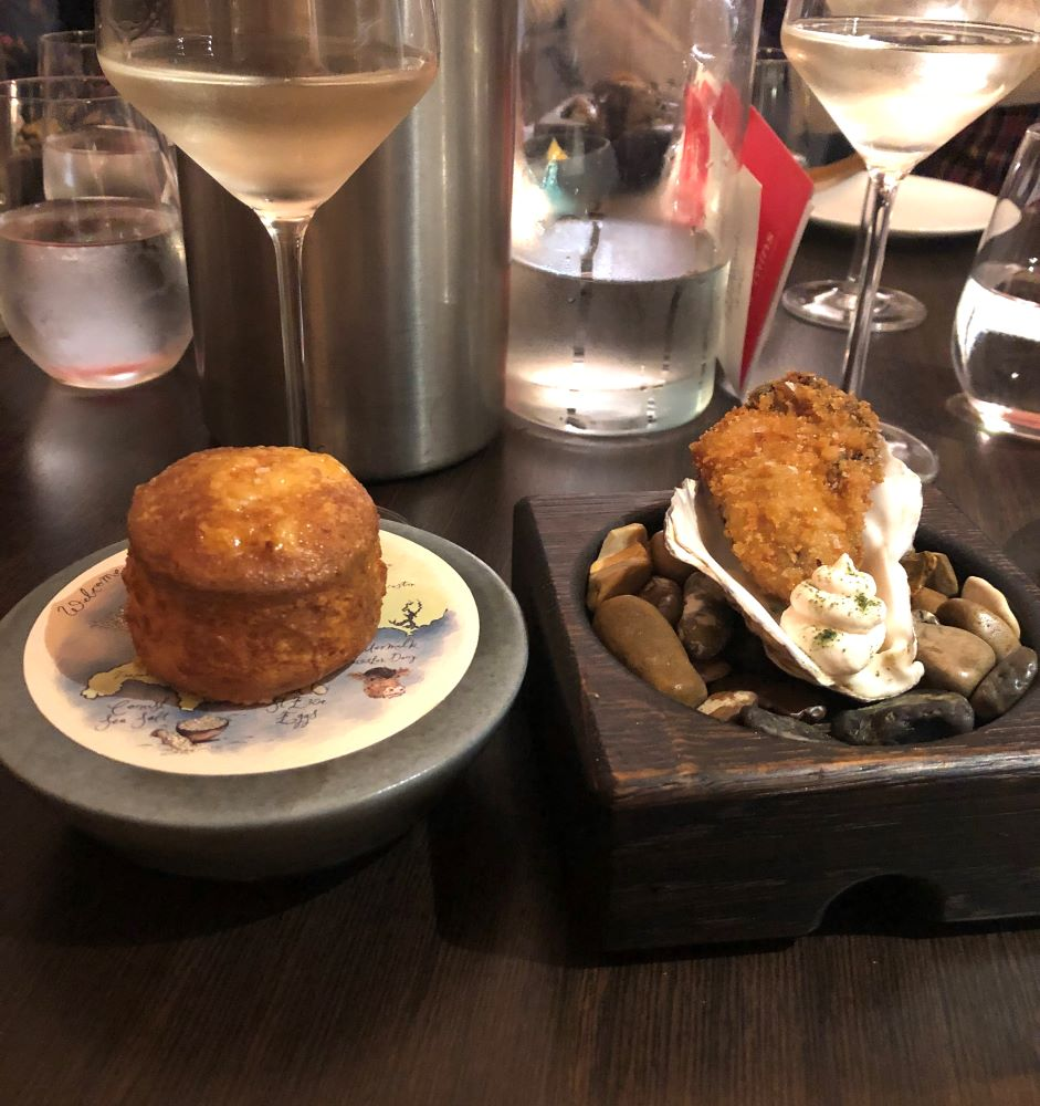 Cheese scone and crispy oyster