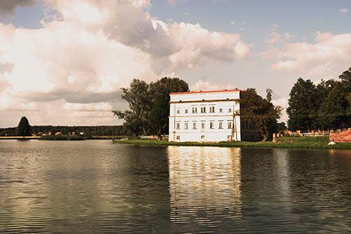 pałac renesansowy w Czemiernikach.