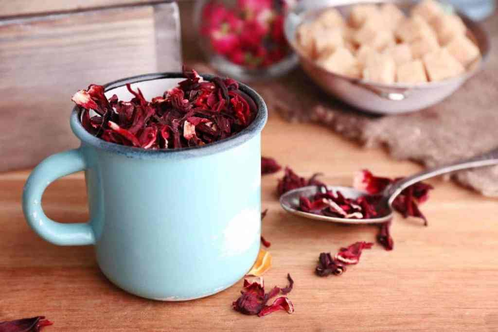 dried hibiscus leaves make a lovely, refreshing agua de jamaica in your Instant Pot or Pressure Cooker. Perfect drink for Summer!