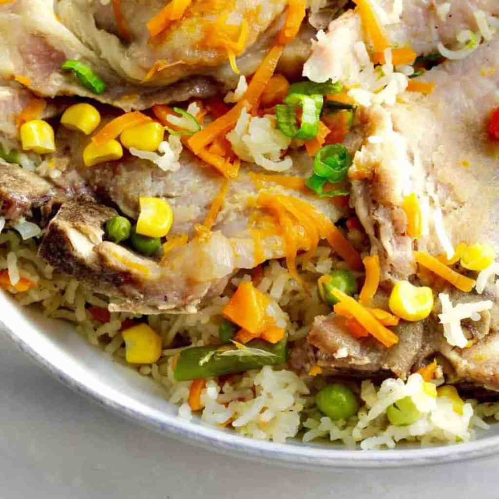 For the days you're tired and harried, here's an 30-minute Instant Pot Pork Chops, Rice and Vegetables recipe that requires almost no effort. Throw everything into your pressure cooker, set it for 6 minutes, and walk away. Comfort food that the whole family will love, with very little work, and if you're feeding only yourself, great meal prep and freezer food.
