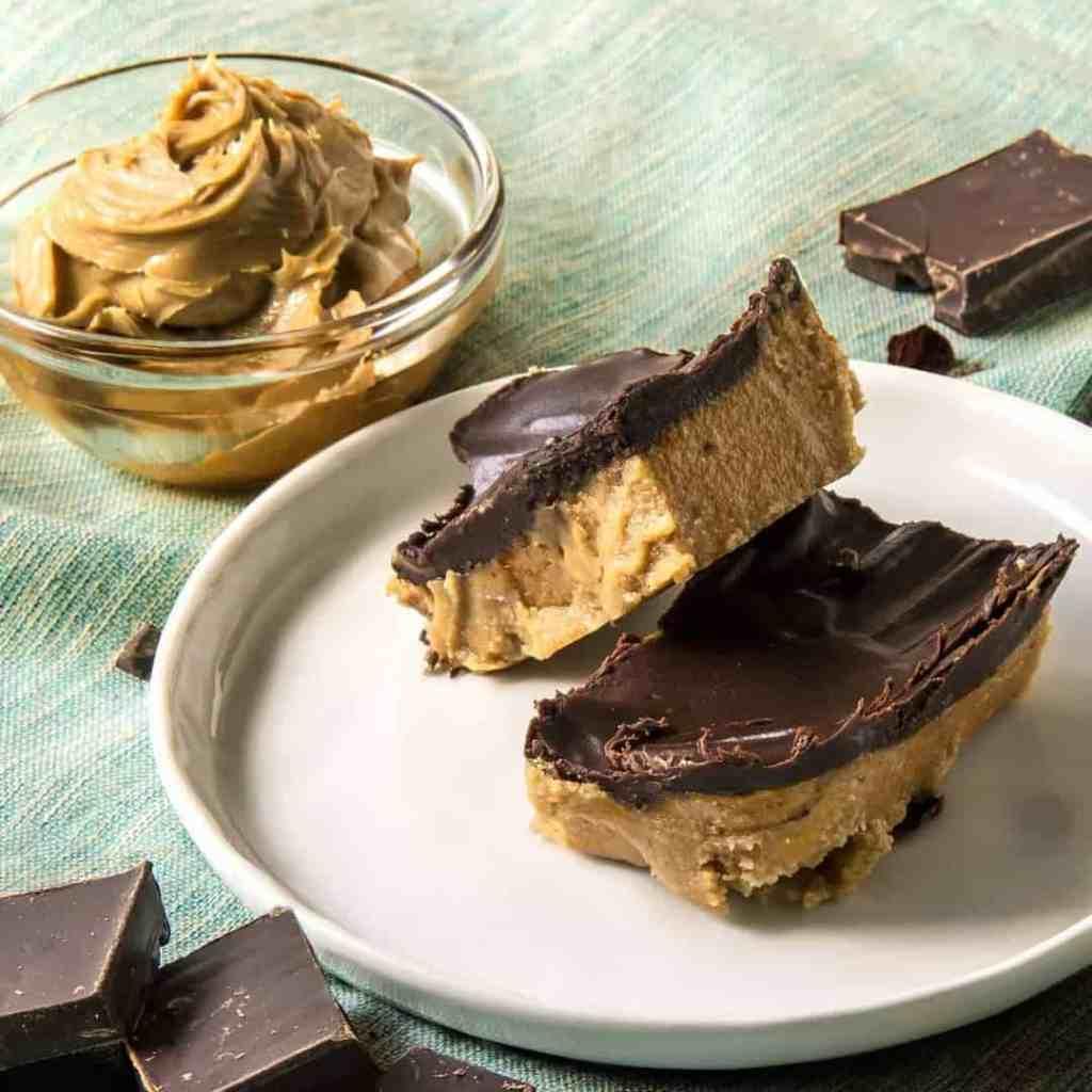 No Bake Keto Peanut Butter Chocolate Bars Two Sleevers