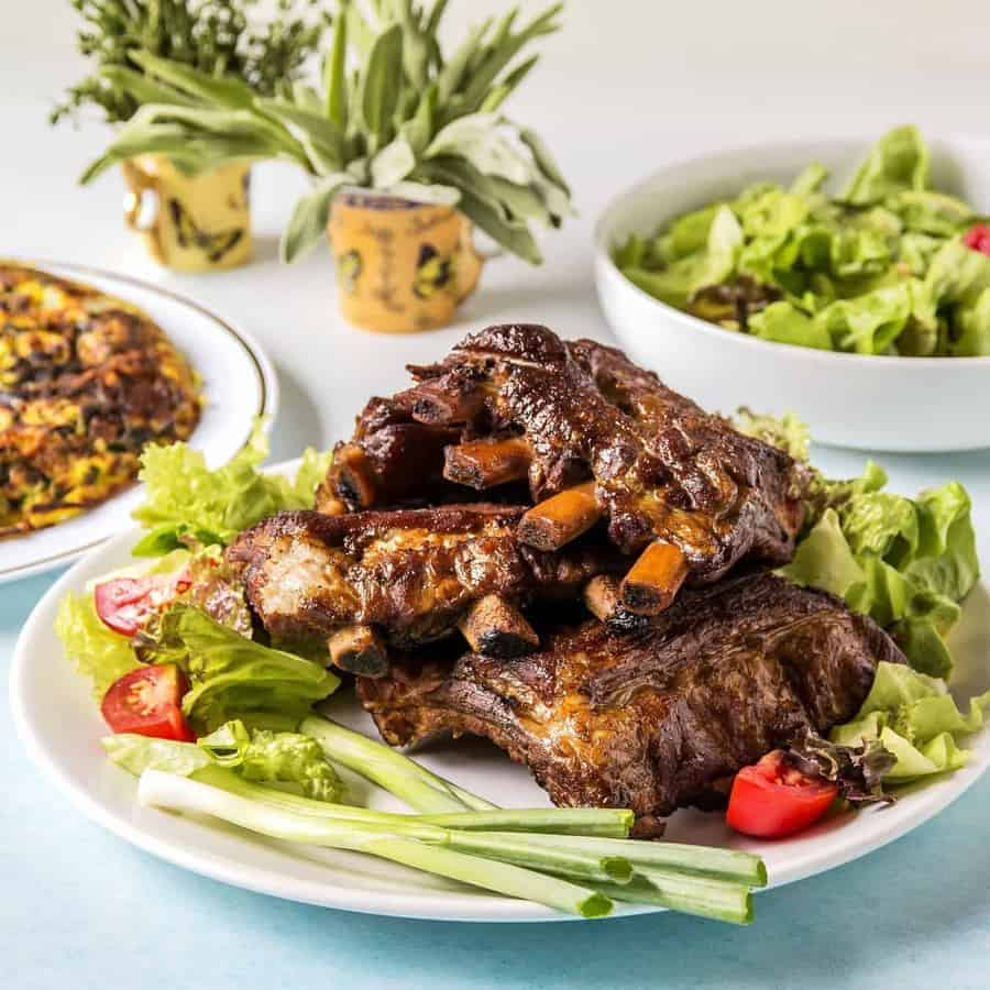 Easy Smoky Pressure Cooker Ribs – Two Sleevers