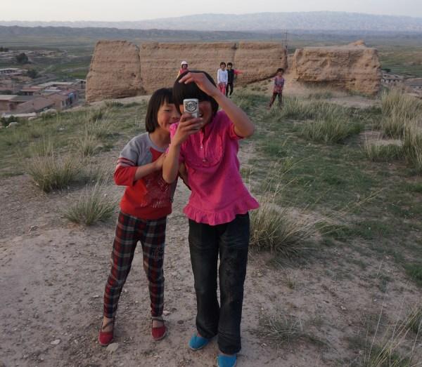Locals at Jianshan Village, Jingtai, Gansu
