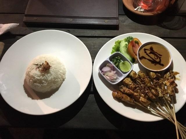 Warung-mina-food-28-best-restaurants-in-Bali-Two-Souls-One-Path-