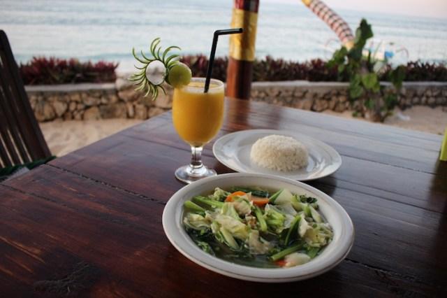 Vegetarian-Cap-Cap-and-Mango-Daiquiri-Warung-Pondok-Nusa-Penida