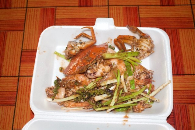 Fresh cooked crab from Kep crab markets