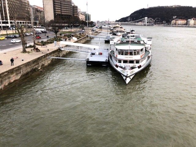 boat trip, what to do in Budapest