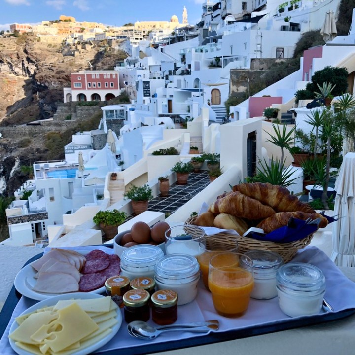 Off Peak Holiday Santorini Itinerary Travel Tips Enigma Breakfast
