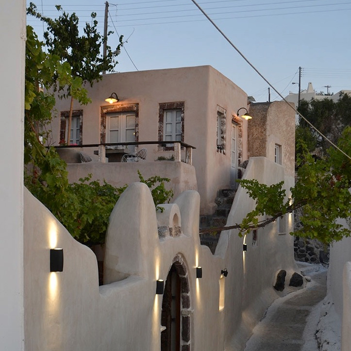 Holiday Santorini Itinerary Travel Tips Lefkes Oia View Best Dinner