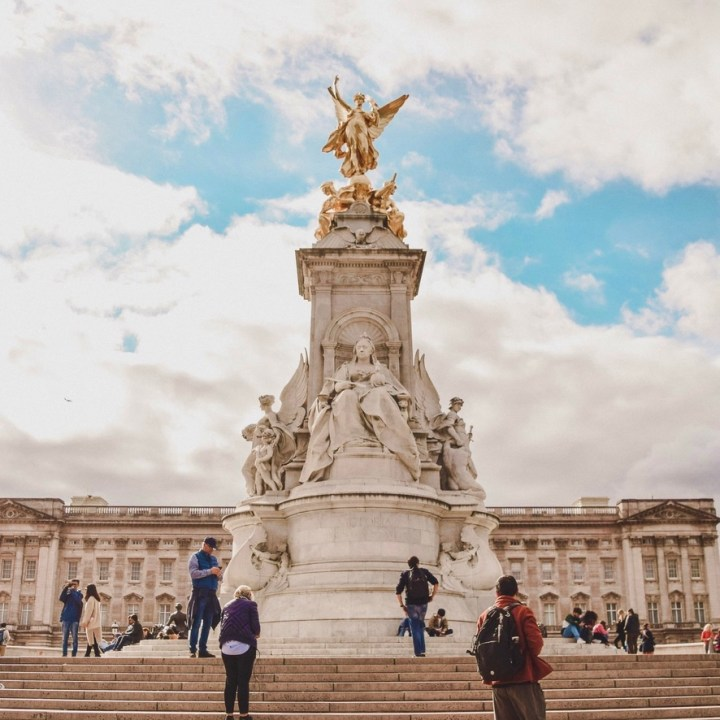 Holiday London Itinerary Travel Tips Days Queen Victoria Memorial