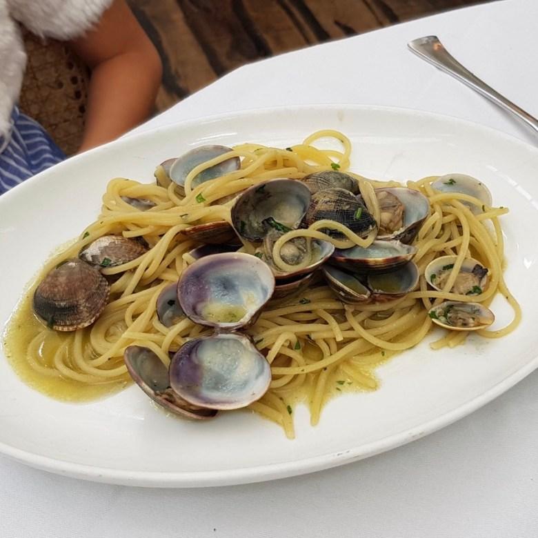 Daphne's Classic Italian Restaurant South Kensington Spaghetti alle Vongole