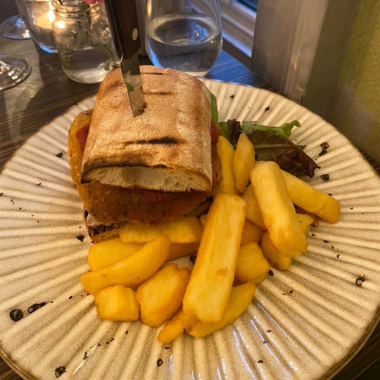 Porto Restaurant Bowness Lake Windermere District Dinner Alfresco Review Vegan Burger Sweet Potato