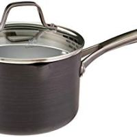 Heavy-bottomed medium saucepan