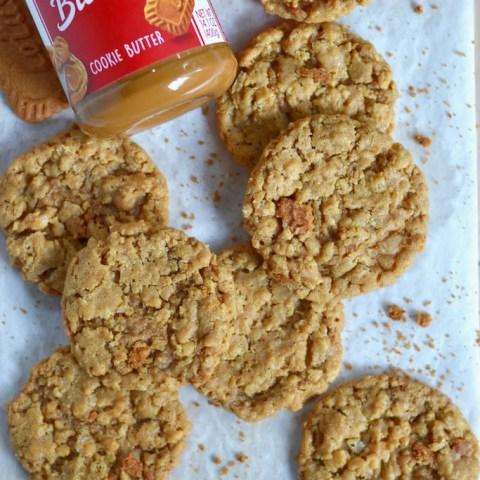 Cookie Butter Crispy Cookies