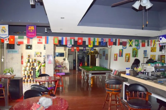 Scoozi Hostel Bar