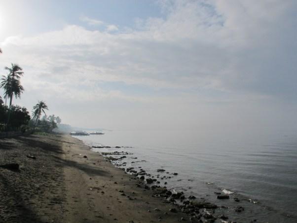 Donsol's beach