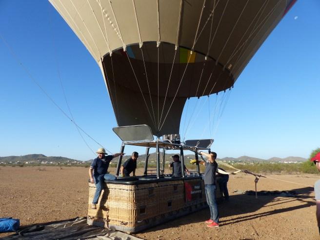 hot-air-balloon-and-fallmantel-031